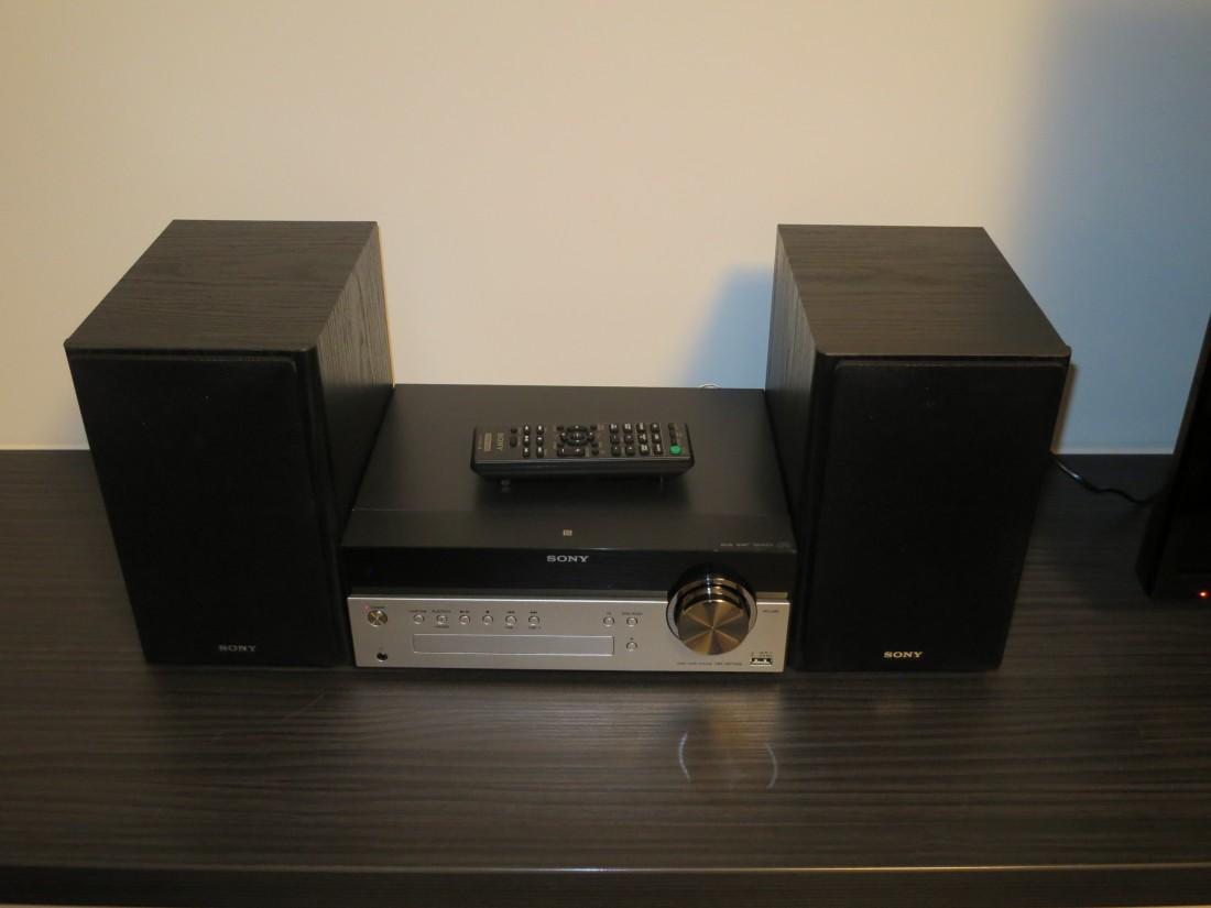Q homes 1 zi app f r 1 person renoviert m bliert inventarisiert peter paul althaus stra e 15 - Audio anlage wohnzimmer ...